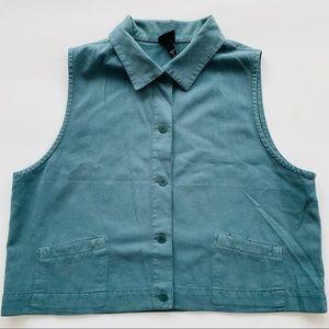 Eileen Fisher seafoam green button down vest Lg